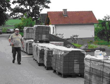 2005_Errichtung_Pflasterung_Stockplatz-07
